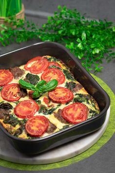 Spinach and Tomato Casserole - Simply Low Carb - Gesunde Rezepte - Vegetarian Veggie Recipes, Vegetarian Recipes, Healthy Recipes, Yummy Recipes, Healthy Food, Weight Loss Eating Plan, Tony Curtis, Paleo Dessert, Low Calorie Recipes