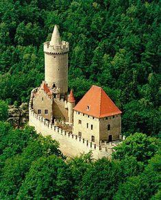 Kokořín Castle is a castle located some 10 km northeast of Mělník, Czech Republic. It was built in the first half of the century by order of Hynek Berka z Dubé. Gothic Castle, Medieval Castle, Castle Ruins, Castle House, Amazing Buildings, Amazing Architecture, Modern Buildings, Modern Architecture, Beautiful Castles