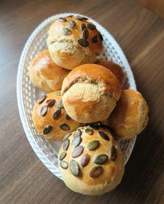 Szybkie bułki bez wyrastania czyli świeżutkie pieczywo w 25 minut | Full Chata Muffin, Keto, Bread, Breakfast, Food, Muffins, Breads, Hoods, Meals