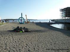 Strand og kunst ved Tjuvholmen Badeplass