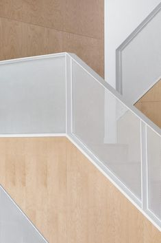 Staircase, Wood Tread, and Metal Railing Photo 60 of 2157 in Best Photos from Des Érables Residence Metal Stairs, Modern Stairs, New Staircase, Staircase Design, Architecture Design, Balustrades, Interior Stairs, Minimalist Home, Modern Interior Design