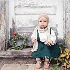 The loveliest capture by @christinaloewen ! Christmas can't come soon enough.  •• • • • • • • • • • • • • • • • • • •  #babiesofinstagram #lifeofamom #momlifeisthebestlife #instagood #letthembelittlex2 #childhoodunplugged #thedayinthelifeproject #inbeautyandchaos #vsco_mom #letthekids #simplychildren #instagramkids #mom_hub #littleandbrave #motherhoodsimplified #babylist #nestingly #lovelysquares #crunchymom #utsfg #thehappynow #ohheymama  #motherhoodrising #adorable  #instababy #newmom #...