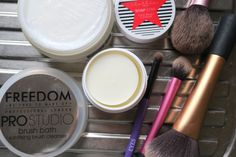 Spring Clean Your Makeup Brushes