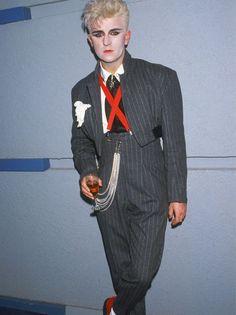 fashion, ages, history, carnaby street, london, nineties, eighties, seventies, sixties, fifties, forties, thirties, twenties