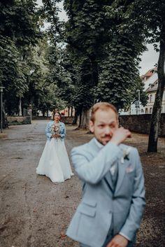 #firstlookmoment www.bossphotografie.com #hochzeitstag #bossphotografie #hochzeitsfotografie #hochzeitsmomente #wahremomente #hochzeitsfotografbadenwürttemberg #blackforest #engagementphotos #blackforestshooting #waldshooting #lovemoments #glücklich #engagementshoot #hochzeitbadenwürttemberg #wintershooting #belovedweddingstories #weddinginspiration #photooftheday #photobugcommunity #weddinginvitations #hochzeitspaarshooting #hochzeitsfotograf #rastatt #karlsruhe #badenwürttemberg #bad Bad, In This Moment, Karlsruhe, Marriage Anniversary, Wedding Photography