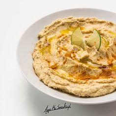 Hummus z rzodkiewką czyli sezonowych wariactw ciąg dalszy Hummus, Ethnic Recipes, Food, Diet, Hoods, Meals