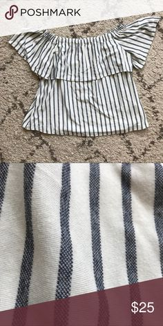 Banana Republic off the shoulder striped top Super soft and cozy off shoulder top. Cute and nautical for summer. Labeled an xl but would fit all sizes imo because it is a bit oversized with an elastic neckline. Banana Republic Tops Blouses