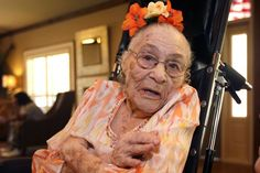 """Gertrude Weaver from United States, born in July 4, 1898. Her secrets to longevity: Kindness. """"Treat people right and be nice to other people the way you want them to be nice to you."""" And Having strong religious beliefs. """"You have to follow God. Don't follow anyone else,""""_Last 5 Living People Born In The 1800s 5"""
