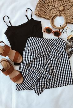 Best Women's Clothing Shopping Sites off Summer Outfits Petite save Jigsaw Womens Clothes Online this Womens Clothes Shops Eastbourne this Summer Casual Outfits Over 50 Style Outfits, Mode Outfits, Casual Outfits, Fashion Outfits, Dress Fashion, Party Outfits, Birthday Outfits, Woman Outfits, Modest Fashion