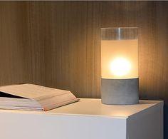 Lámpara de sobremesa de vidrio y hormigón Kenn - gris y blanco