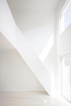 www.coca-white.tumblr.com