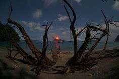 Erupting Volcano Anak Krakatau in Indonesia taken by Marco Fulle landscape Nature Photos Volcan Eruption, Beautiful World, Beautiful Places, Amazing Places, Volcano Photos, Cool Pictures, Cool Photos, Erupting Volcano, Bali Lombok