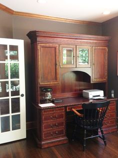 Watercress Springs Estate Sales EASTON CT ESTATE SALE 15 Easton Heights Lane July 29th to 31st - Home Office Credenza with Matching Desk