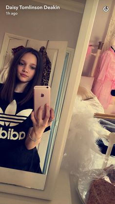 Daisy Tomlinson, Lottie Tomlinson, Photos Tumblr, Snapchat, Twins, Sisters, Fashion Styles, Gemini, Twin