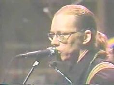 Warren Zevon performing Splendid Isolation live on David Letterman