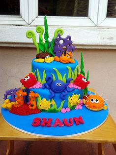 I love this under the sea bright and colourful cake