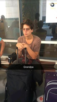 Cole being a grandpa Dylan Sprouse, Sprouse Bros, Cole Sprouse Funny, Cole M Sprouse, Cole Sprouse Friends, Cole Sprouse Snapchat, Bughead Riverdale, Riverdale Funny, Riverdale Memes