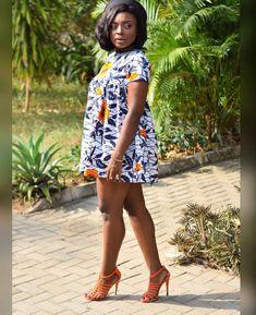 Goodmorning world. TGIF! @amvich #africanprint #africainvogue #ankara #fabricshopping #fabricsweadore #fabrics #ghanaian #thefutureis_fab… #traditionalafricanfashion