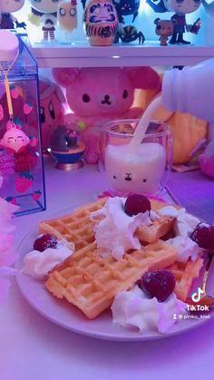 Cute Snacks, Cute Food, Purple Desserts, Kawaii Games, Pink Games, Kawaii Dessert, Otaku Room, Kawaii Room, Snack Video