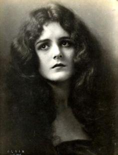Mary Astor, 1920s