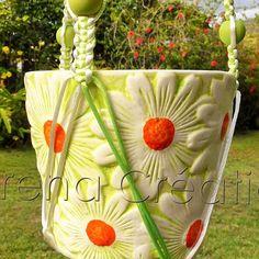 https://www.facebook.com/ErenaTahiti #daisy #macrame #planthanger pot en #ceramique et tressage #satin #modeleunique #handcraft #handmade #MadeinTahiti  #garden #flower #style #homedecor #jardin