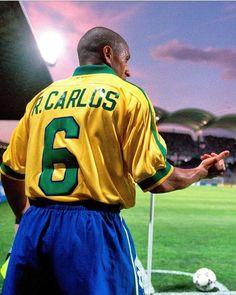 Brazil Football Team, Football Is Life, Retro Football, Football Boys, World Football, Good Soccer Players, Best Football Players, Fifa, Messi And Ronaldo