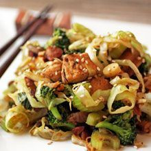 "Chicken and Veg ""Lo Mein"" - chicken, almonds, green onion, shrooms, celery, ginger, garlic, broccoli and cabbage..."