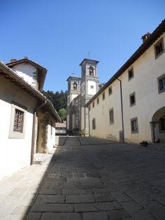L'esterno dell'Eremo di Camaldoli, in provincia di #Arezzo - #Toscana #Tuscany #Italy