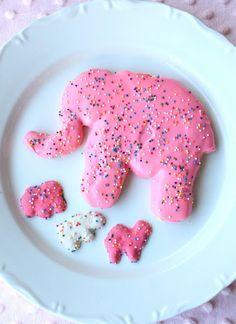 Jumbo Animal Cookies Recipe. I should make one for Dad's birthday