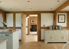 Border Oak fabulous new oak framed houses - photographer and stylist Merry Albright - great use of low ceiling height! Border Oak, Paper Mulberry, Oak Framed Buildings, Oak Frame House, Light Colored Wood, Oak Trim, English House, Vintage Room, Cottage Interiors