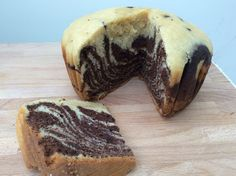 Slow Cooker Zebra-Striped Vanilla and Chocolate Cake Slow Cooker Cake, Slow Cooker Desserts, Chocolate Desserts, Chocolate Cake, Dream Kitchens, Cake Ideas, Baking Recipes, Vanilla, Cakes