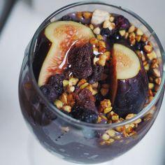 Kale, Fig & Blueberry Oasis Smoothie   Breakfast Criminals