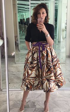 Midi Skirt, Skirts, Fashion, Moda, Fashion Styles, Midi Skirts, Skirt, Fashion Illustrations