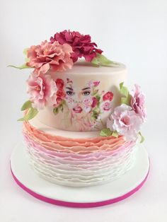 Woman themed cake by tomima