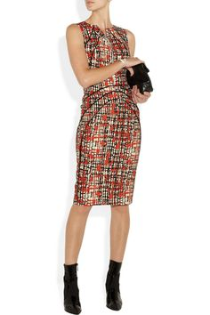 This crisp wool and silk-blend sheath dress features a cool splattered plaid print and a supremely flattering fit. Smooth satin lining gives it a luxe finish - mirror the runway styling with black ankle boots.