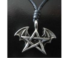 Zinn-Anhänger Pentagramm mit Fledermaus / mehr Infos auf: www.Guntia-Militaria-Shop.de