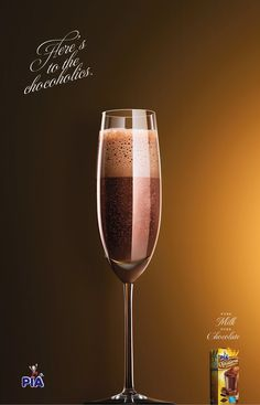 Piá: Chocoholics, 2     Here's to the Chocoholics.     Pure milk. Pure chocolate.  Advertising Agency: Matriz, Porto Alegre, Brazil  Published: January 2014