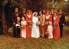 Post with 6203 views. My parents wedding in the They had some funky cool looking bridesmaid dresses in that era. 1970s Wedding, Vintage Wedding Photos, Vintage Bridal, Wedding Pics, Wedding Styles, Vintage Weddings, Funky Wedding Dresses, Wedding Gowns, Wedding Parties