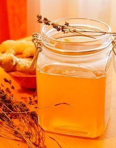 Sirop de GHIMBIR, CIMBRU și BUSUIOC, cu miere, la rece (video) | La Taifas Honey, Mai, Recipes, Food, Syrup, Essen, Meals, Ripped Recipes, Eten