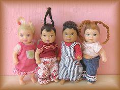 Little baby barbies. Barbie Kids, Baby Barbie, Barbie Hair, Mattel Barbie, Barbie And Ken, Baby Dolls, Nikki Baby, Chelsea, Barbie Happy Family