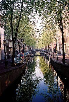 Old Amsterdam streets - Netherlands