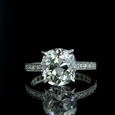 Pretty cushion cut