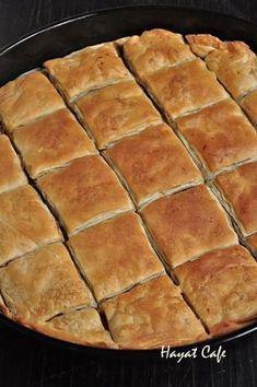 elde börek Pie Recipes, Baby Food Recipes, Mexican Food Recipes, Dessert Recipes, Desserts, Fast Easy Dinner, Fast Dinner Recipes, Pastry And Bakery, Turkish Recipes