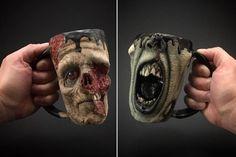 Der Keramiker Kevin Merck kreiert in aufwendiger Handarbeit grossartige Zombie-Tassen. Die haben dann allerdings auch ihren Preis, so kostet Slow Joe z.B. mal locker $220 Many hours of blood, sweat and tears have gone into creating this one-of-a-kind art mug.