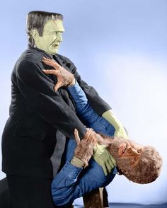 """Classic Make-Up from an even CLASSIER FILM ! """" FRANKENSTEIN MEETS THE WOLFMAN """" 1943"""