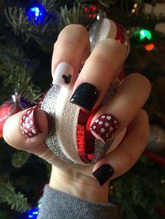 Disneyland nails by Ariane Niemann ❤️
