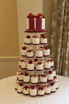 best cupcake wedding cakes burgundy - Căutare Google