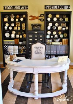 Love the round desk!!!  Sophia's: Stylish and Budget-Friendly Organizational Tips for Craft Rooms and Offices