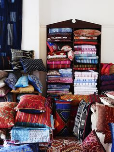 Beautiful quilts, cushions and soft furnishings by Sally Campbell Textiles.
