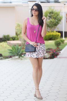 look short saia com estampa borboletas na carteira-4